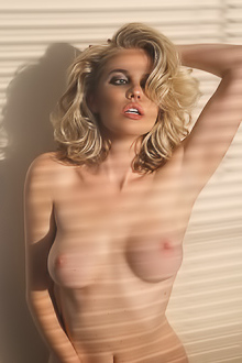 Stunning And Kinky Blond Kayslee Collins