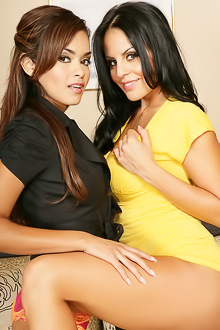 Mikayla And Daisy Marie