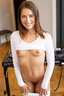 Mina Freckled Cutie Expose Her Perky Breasts