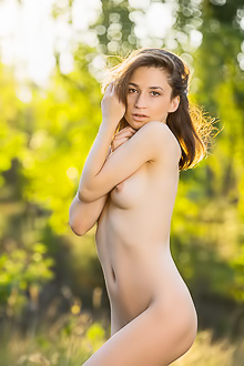 Susie Have Perfect Day For A Naked Picnic